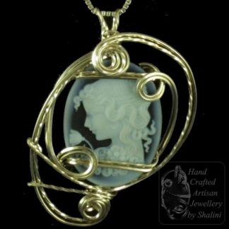 Wire Wrapped Pendant: Sterling Silver & Agate Cameo