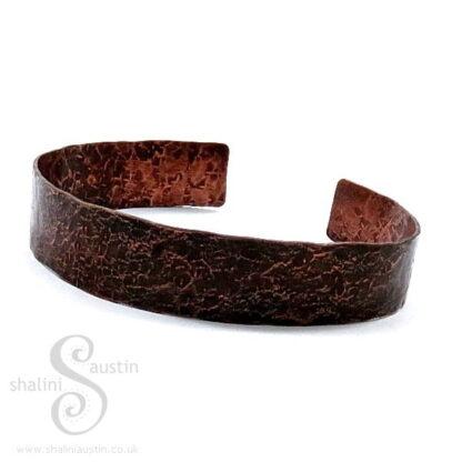 Hammered Narrow Copper Cuff 21 cm