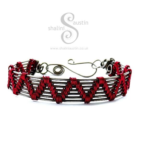 Wire Weave Bracelet 'Sheila' - Hot Pink