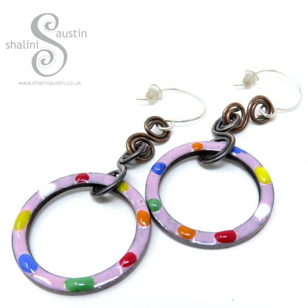 TUTTI FRUTTI Enamelled Copper Circle Earrings | Pink