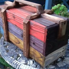 Something different - Upcycled pallet wood tool box