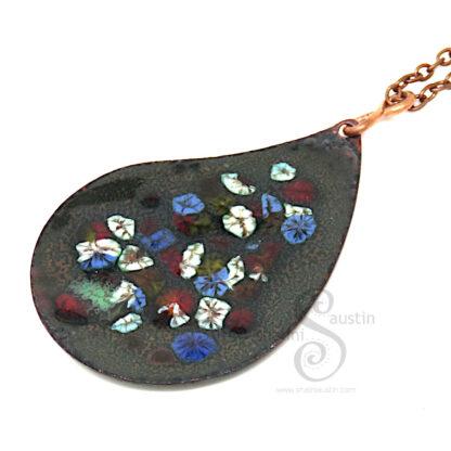 Enamelled Paisley Copper Pendant | BOUQUET 03
